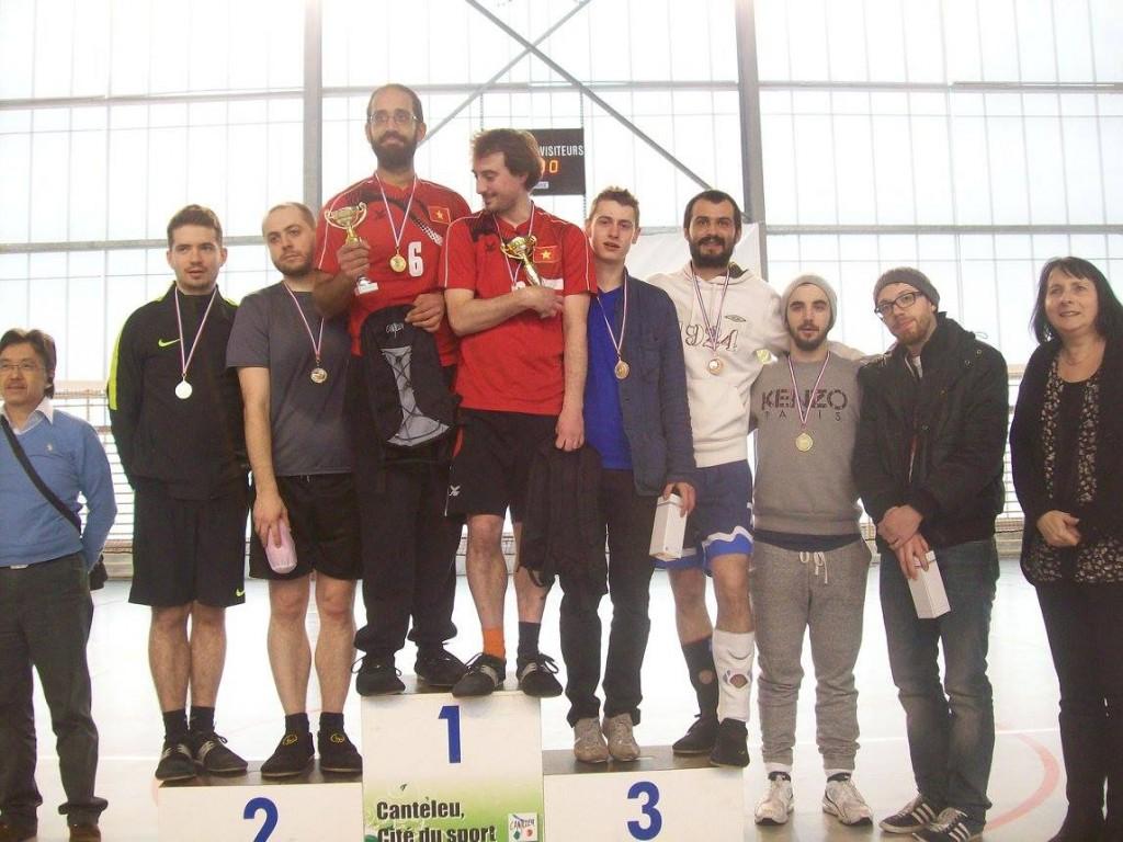 Podium du Tournoi de doubles : Ayman & François, Alex & Xavier, puis Etienne & Cédric