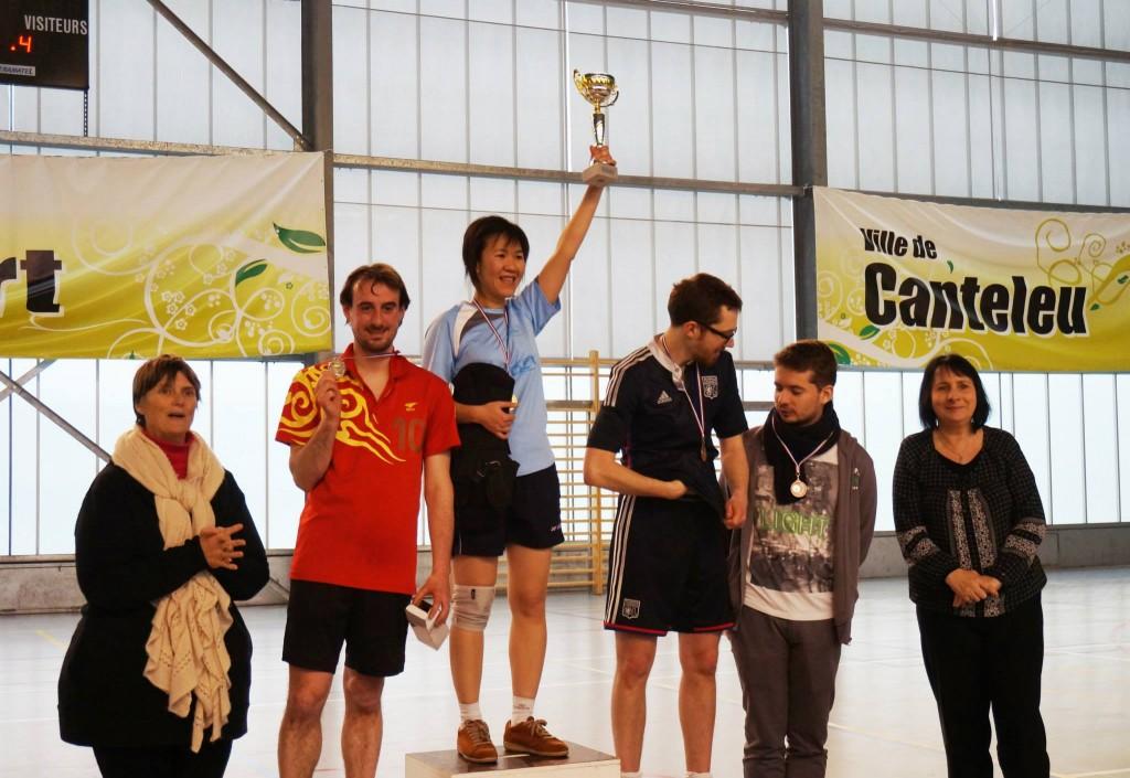 Podium du tournoi de simples - Trang à la première place !